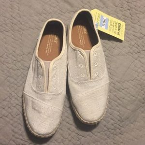 Toms shoes, style: palmera size 8.5, brand new